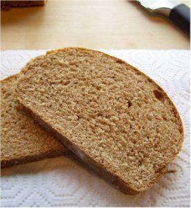 לחם כוסמין קינמון